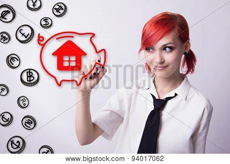The Girl Draws Marker Piggy Bank