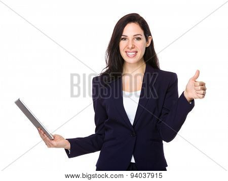 Businesswoman hold with tablet pc and thumb up