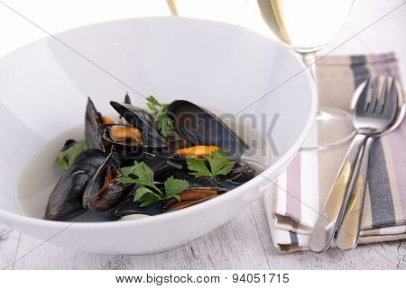 bowl of mussel