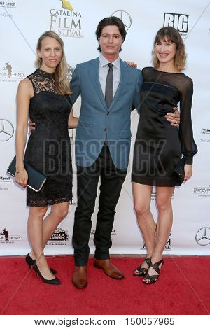 LOS ANGELES - SEP 30:  Tiziana Giammarino, Nicolas Wendl, Mariah Bonner at the Catalina Film Festival - Friday at the Casino on September 30, 2016 in Avalon, Catalina Island, CA