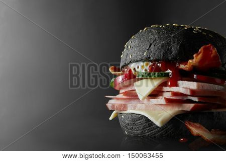 Black Burger with Cheese.