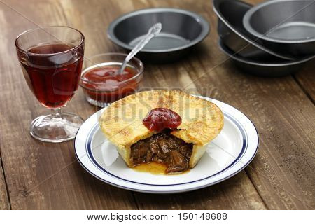 homemade aussie meat pie