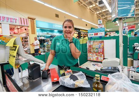 PATTAYA, THAILAND - FEBRUARY 22, 2016: indoor portrait of a woman at the Tesco Lotus hypermarket. Tesco Lotus is a hypermarket chain in Thailand operated by Ek-Chai Distribution System Co., Ltd.