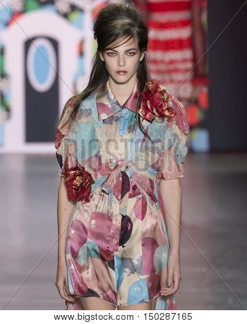 Anna Sui - Spring 2017 Collection