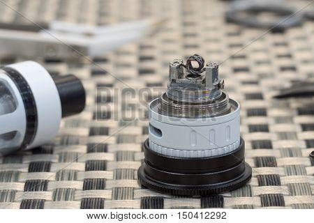 Coil Atomizer Replacement Parts For Tank Or Subtank Vaporizer Or E-cigarette. Useful For Vaping Enth
