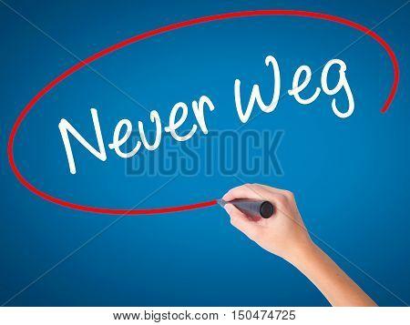 Women Hand Writing Neuer Weg  (new Way In German) With Black Marker On Visual Screen