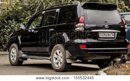 Kazakhstan, Ust-Kamenogorsk, october 5 , 2016: Toyota Land Cruiser Prado 120, new car, new japan car in the street, suv