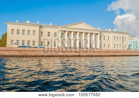 ST PETERSBURG RUSSIA - OCTOBER 32016. Architecture landmark of St Petersburg - the building of the St Petersburg Academy of Sciences on Vasilevsky Island at University quay in St Petersburg