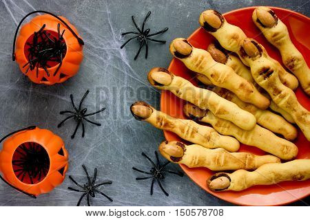 Halloween witch finger cookies for kids funny recipe for Halloween party