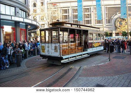 SAN FRANCISCO - DEC 29: Antique Cable Car on Powell Street Turntable on Dec.29, 2008 in San Francisco, California, USA.