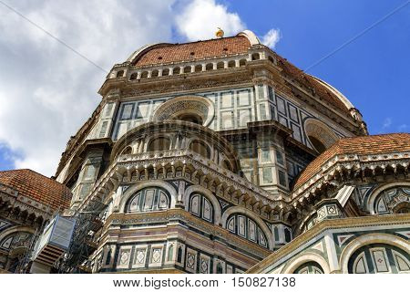 Cathedral Santa Maria del Fiore, Duomo, by day in Florence, Tuscany, Italy