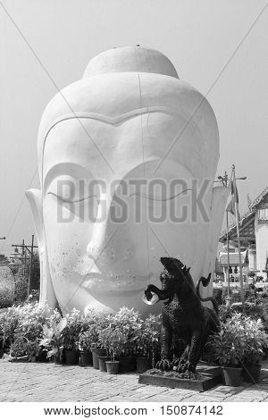 head buddha ayuttaya thailand travel and culture