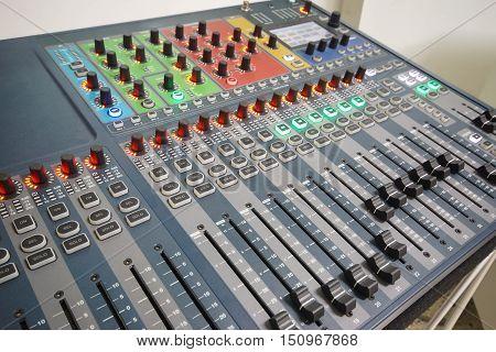 Sound controller / Sound mixer / A mixing console