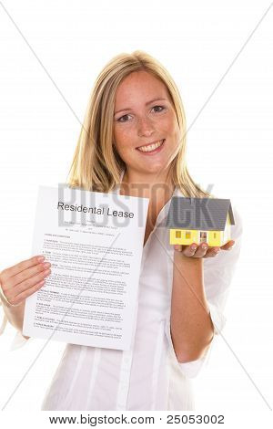 woman with a rental agreement in english