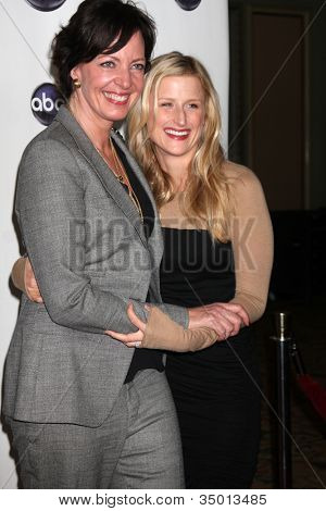 LOS ANGELES - JAN 10:  Allison Janney, Mamie Gummer arrives at the Disney ABC Television Group's TCA Winter 2011 Press Tour Party at Langham Huntington Hotel on January 10, 2011 in Pasadena, CA