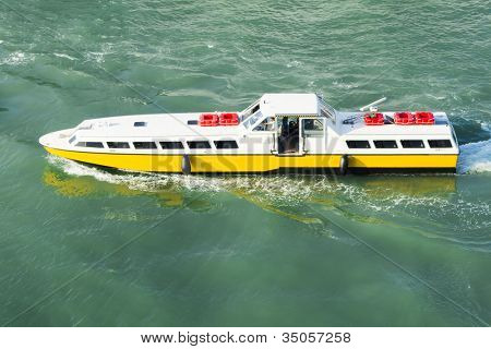 An image of the water bus in Venice Italy