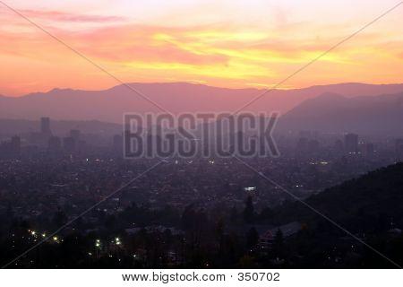 Sonnenuntergang über Santiago, Chile