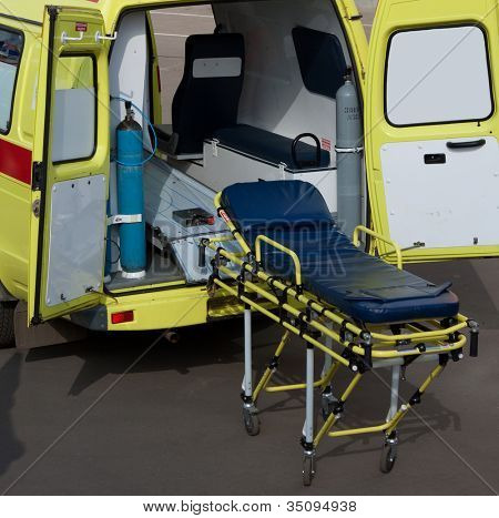 Medicine service emergency transportation gurney