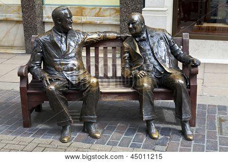 Franklin D. Roosevelt & Winston Churchill Statue In London