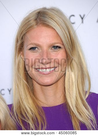LOS ANGELES - APR 04:  Gwyneth Paltrow arrives to the Tracy Anderson Flagship Studio Opening  on April 04, 2013 in Brentwood, CA.