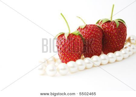 The Strawberries And Pearl.