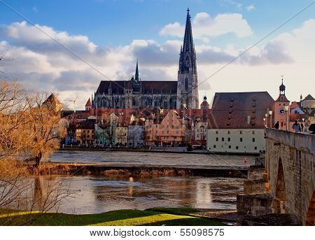 Regensburg (Bavaria, Germany) And Danube River