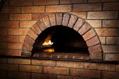picture of ember  - A traditional oven for cooking with fire - JPG