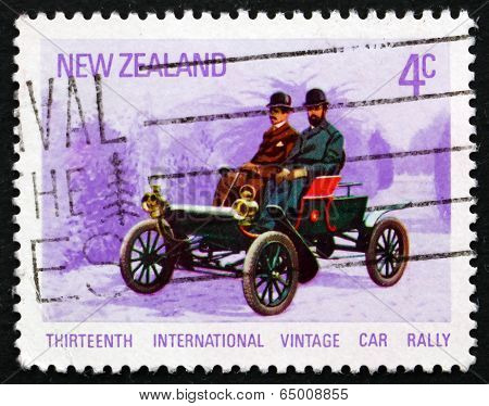 Postage Stamp New Zealand 1972 Oldsmobile, 1904