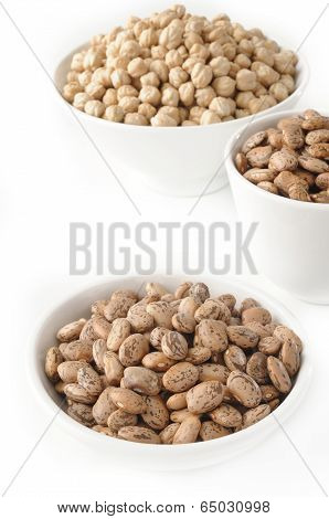 Pinto Bean And Garbanzo Bean In Bowl