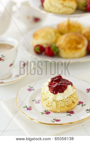 English Cream Tea, Vertical