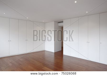 House Empty Room With Fitted Wardrobes