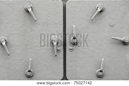 Metal Ship Doors With Handles