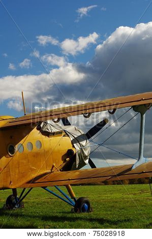 Sporting biplane aircraft 5