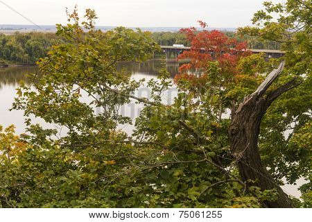 autumn along the Mississippi