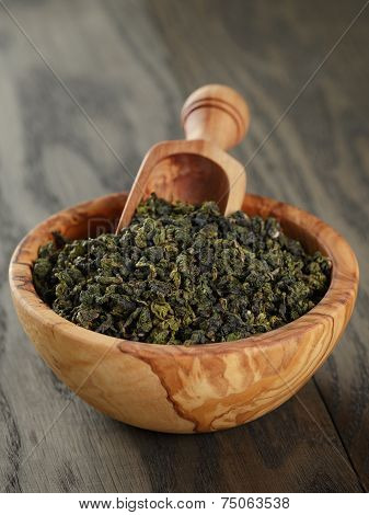 Oolong Green Tea In Olive Bowl