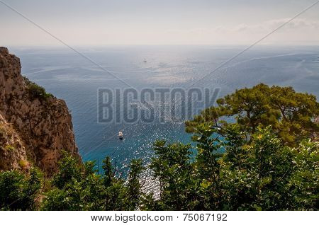 Beautiful Sea In Capri