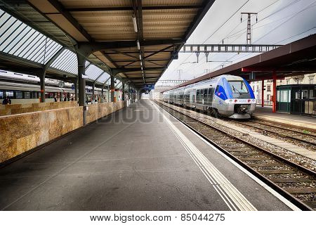 GENEVA - SEP 11: train station on September 11, 2014 in Geneva, Switzerland. Geneva is the second most populous city in Switzerland and is the most populous city of Romandy