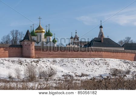 Monastery of St. Euthymius at Suzdal, Russia, winter