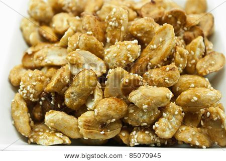 Crispy Peanut With Sesame