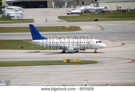 Embraer 170 regional jet