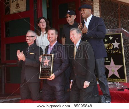 LOS ANGELES - MAR 5: Mitch O'Farrell, Paul Brinkman, LL Cool J, Chris O'Donnell, Leron Gubler at the Chris O'Donnell Hollywood WOF Ceremony at the Hollywood Blvd on March 5, 2015 in Los Angeles, CA