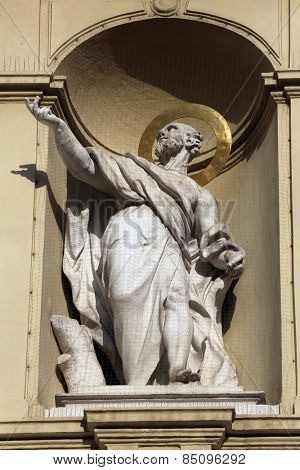 VIENNA, AUSTRIA - OCTOBER 10: Statue of apostle, Church of Saint Peter in Vienna, Austria on October 10, 2014.