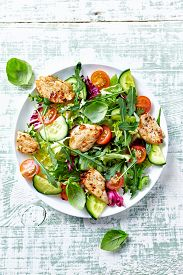 image of endive  - Chicken salad with leaf vegetables and cherry tomatoes - JPG