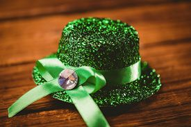 pic of st patty  - St patricks day hat on wooden table - JPG