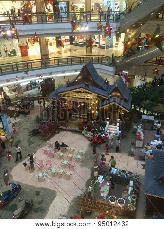 Shopping mall Malaysia prepares for Eid Celebrations