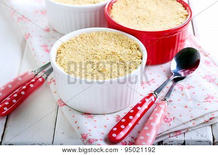 Biscuits Crumble Topping Berry Dessert