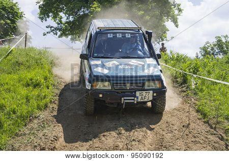 Subaru Jeep In Competition