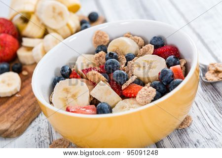 Wholemeal Cornflakes With Fresh Fruits