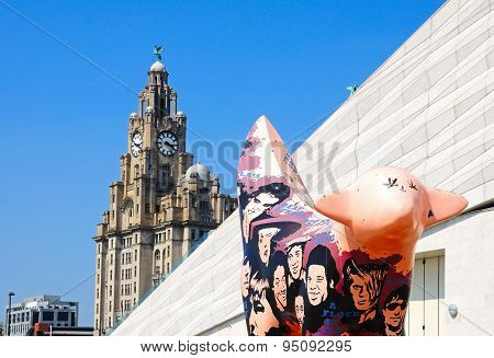 Superlambanana and Liver Building, Liverpool.