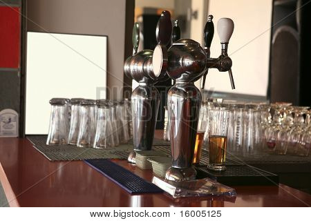 bar with glasses and beer